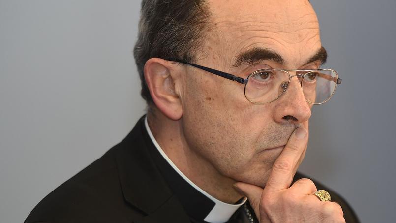 Après l'affaire du curé Preynat et du père Bilioux, le cardinal Barbarin est accusé d'avoir «promu» un prêtre précédement condamné pour agression sexuelles.