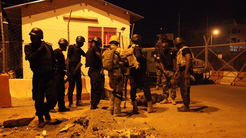 Des hommes armés non identifiés ont attaqué, lundi soir, l'hôtel Nord-Sud à Bamako, où résident des militaires de la mission de formation militaire de l'Union Européenne.
