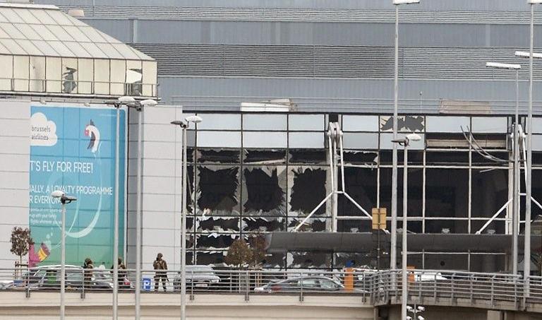 L'aéroport de Bruxelles, cible d'une attaque mardi 22 mars, revendiquée par l'EI. Crédits photo: Dirk Waem/Belga/AFP