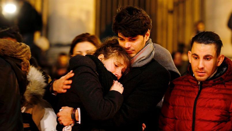 Ambiance place de la Bourse le soir où la Belgique a été victime de deux attentats.