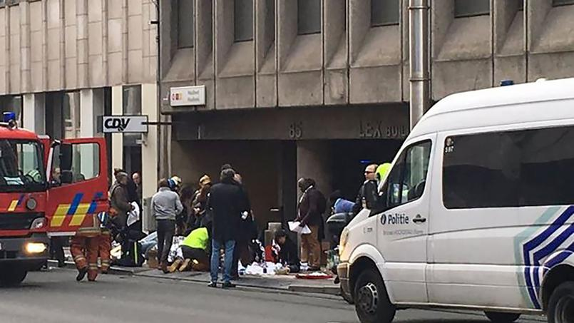 Peu après une explosion à l'aéroport de Bruxelles Zaventem, un autre attentat a eu lieu dans le métro de Bruxelles, près de la station Maelbeek.