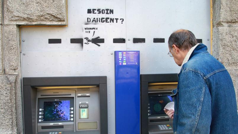 Les Français apprécient la disponibilité immédiate et la simplicité des comptes courants.