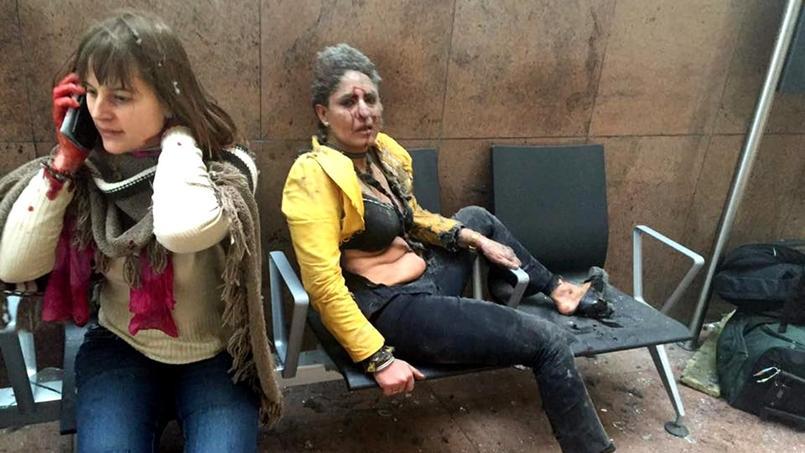 Nidhi Chaphekar (à droite) est une des victimes des explosions à l'aéroport de Bruxelles. Crédits photo: Ketevan Kardava-Georgian Public Broadcatser/AP