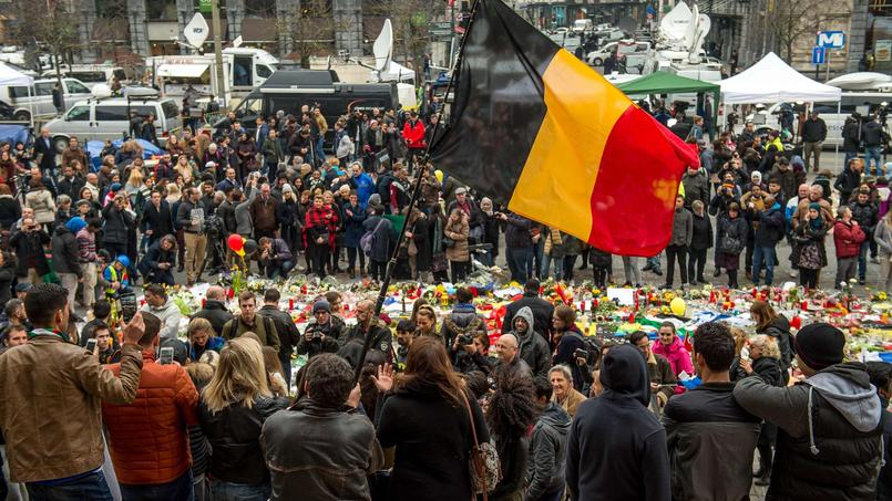 Les attaques ont fait 31 morts et 300 blessés.