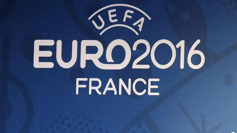 Euro 2016 : un responsable des Républicains demande la suppression de la fan zone à Paris
