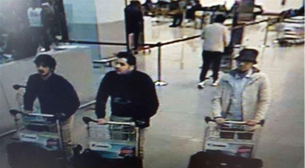 Fayçal C. serait le 3e homme sur la droite de la photo. Fayçal C. a été arrêté jeudi et inculpé.
