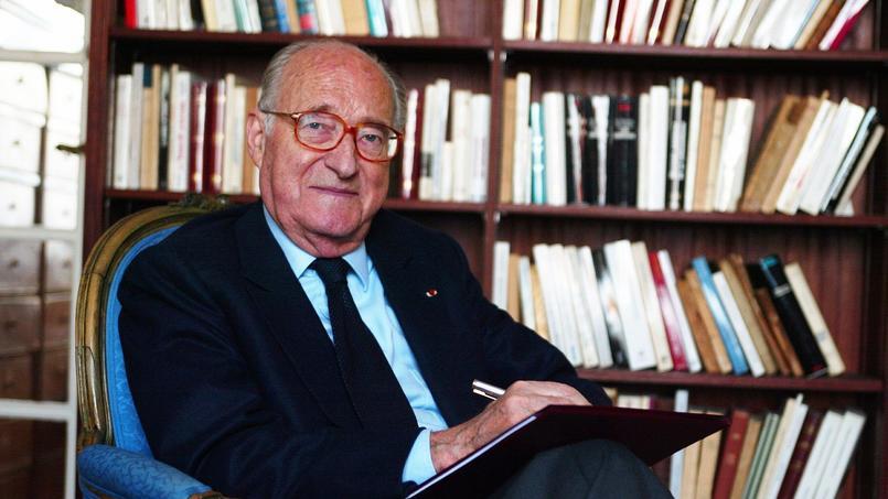 Alain Decaux avait 90 ans (Ici, l'académicien dans son bureau, en 2003).