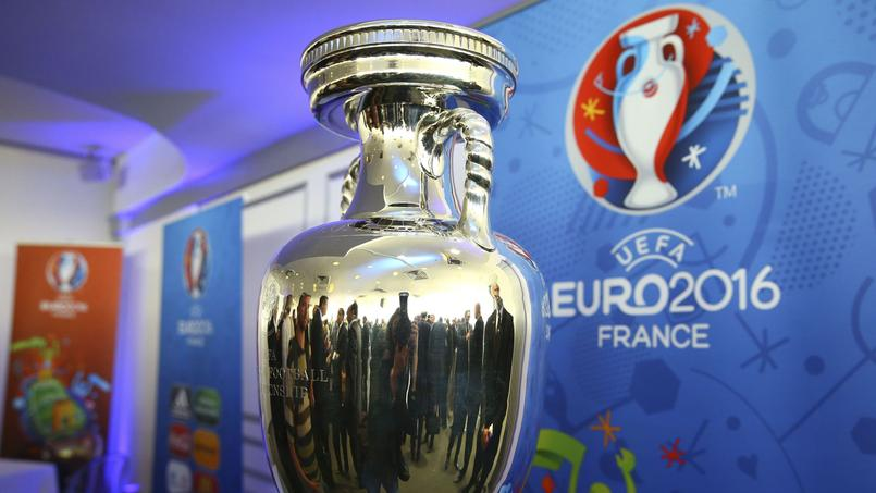 Euro 2016: les Français sont partagés sur le maintien des fan-zones