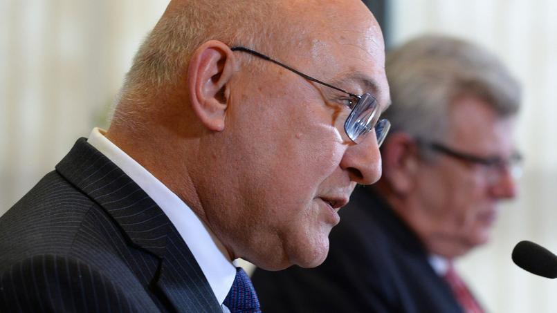 Corruption, lobbies, lanceurs d'alerte... : ce que prévoit (ou pas) Sapin