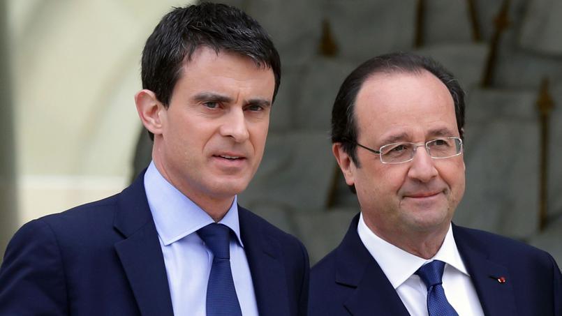 Manuel Valls et François Hollande après leur première réunion de cabinet à l'Élysée, le 4 avril 2014.