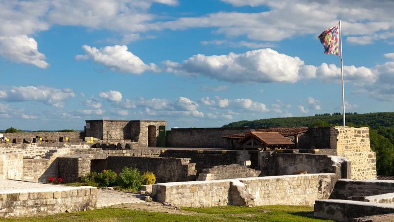 La forteresse de Châtel-sur-Moselle.