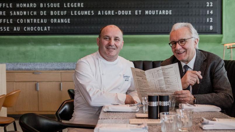 Bruno Brangea et Alain Ducasse (à droite) au Champeaux.