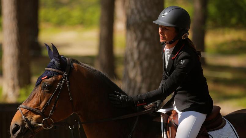 Un casque diffusant du RnB ou du reggae pour améliorer les performances du cheval
