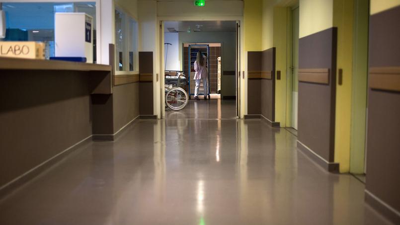 Avec la suppression du jour de carence par le gouvernement Ayrault en 2013, l'absentéisme dans les hôpitaux a retrouvé ses niveaux d'avant 2012.