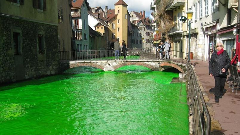 Le Thiou, à Annecy, cible de l'action intersyndicale des agents de l'environnement. (Capture d'écran Facebook Agents Environnement)
