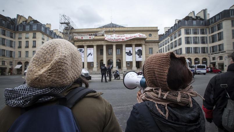 Depuis dimanche, des intermittentsdu spectacle occupent le Théâtre de l'Odéon, à Paris.