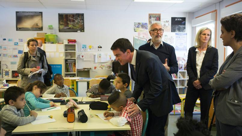 Manuel Valls en visite dans une école de Mantes-la-Jolie (78) en avril dernier