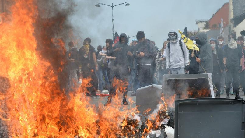 Manifestation sous haute surveillance à Rennes contre