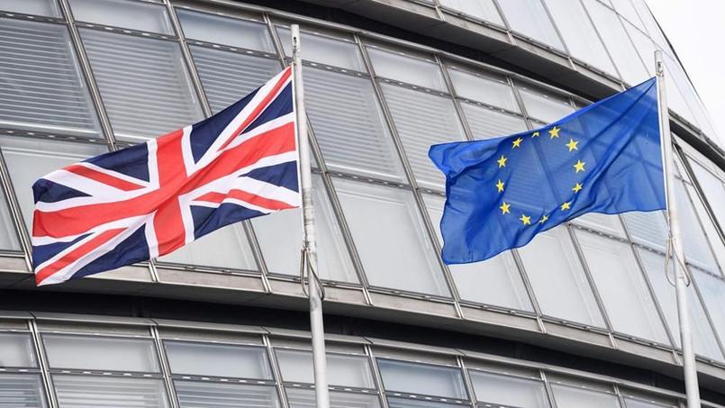 Les premiers résultats du référendum plus pro-Brexit qu'attendus — Royaume-Uni