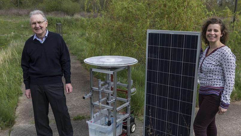 Alain Coty, l'inventeur du moteur solaire, et Nadège Payet-Tisset, PDG de Saurea.