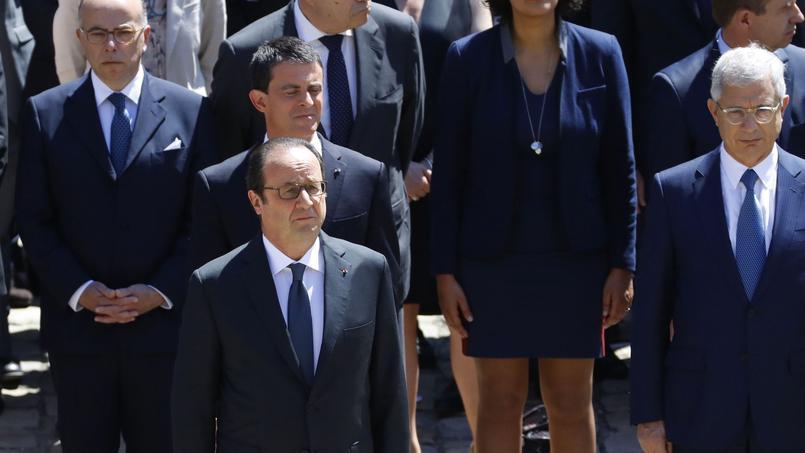 Le chef de l'Etat lors de la cérémonie hommage à Michel Rocard, aux Invalides ce jeudi 7 juillet