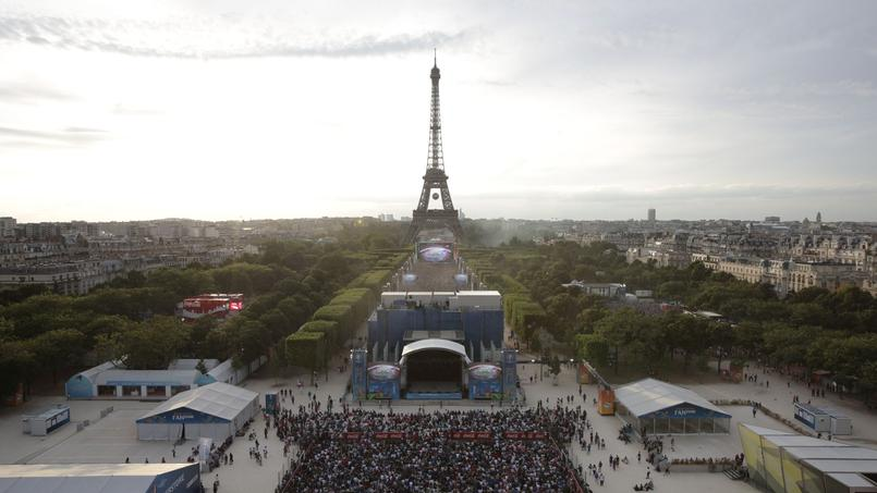 Incidents sur la fan zone de la Tour Eiffel