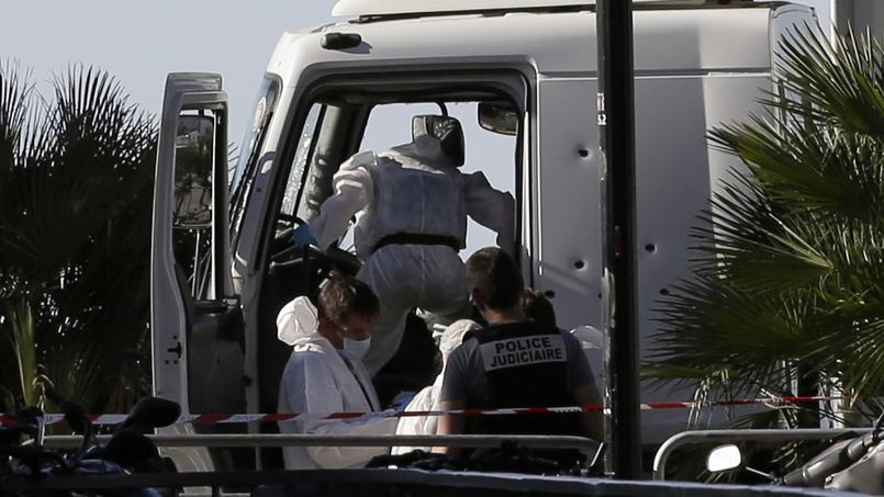 Au moins 84 morts — Attentat à Nice