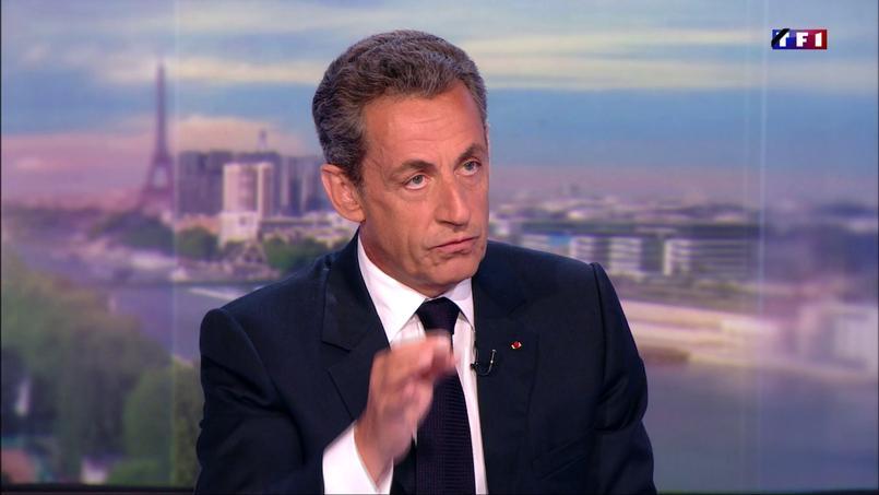Nicolas Sarkozy dimanche soir sur le plateau de TF1.