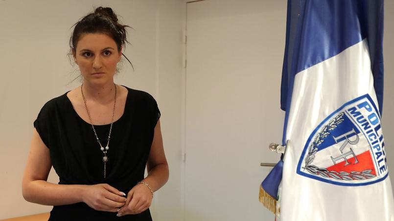 La policière municipale Sandra Bertin, lors d'une conférence de presse organisée le 24 juillet à Nice.
