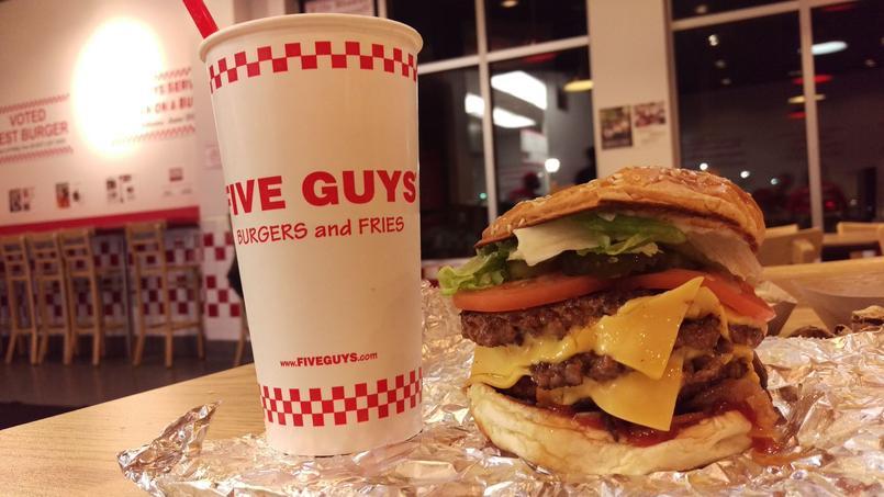 Burgers Five Guys: le coup de gueule de Xavier Denamur contre la (Oba)malbouffe