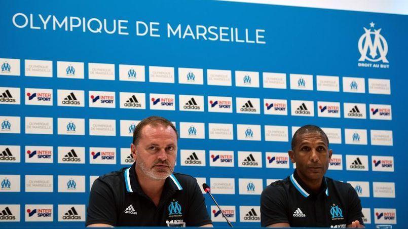 Gûnter Jacob et Franck Passi, en conérence de presse.