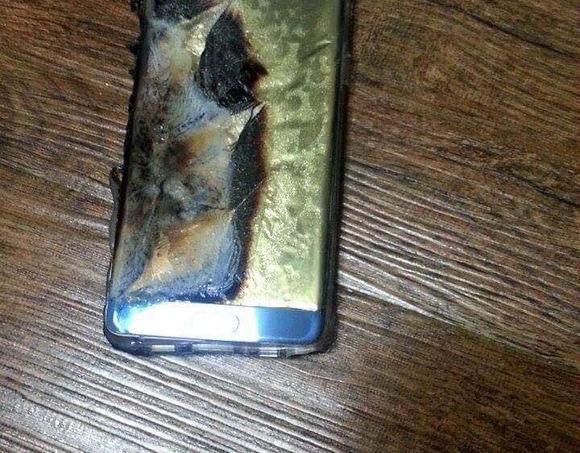 Sur le réseau social chinois Baidu, des utilisateurs ont partagé des photos du Galaxy Note7 après son explosion.
