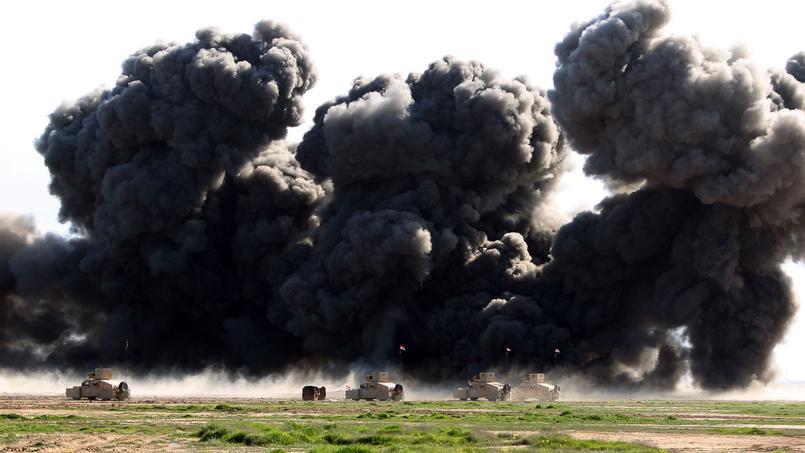 Exercice de déminage sur la base de Basmaya, au sud-est de Bagdad, le 27 janvier 2016.