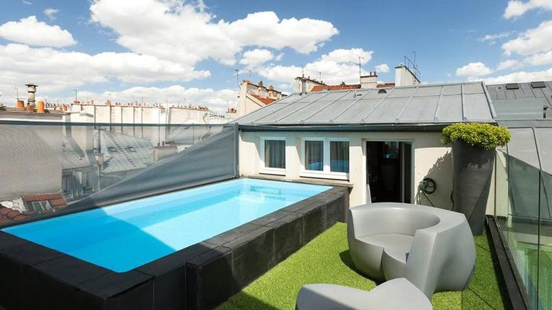 Une piscine priv e dans un h tel au c ur de paris for Appartement piscine paris