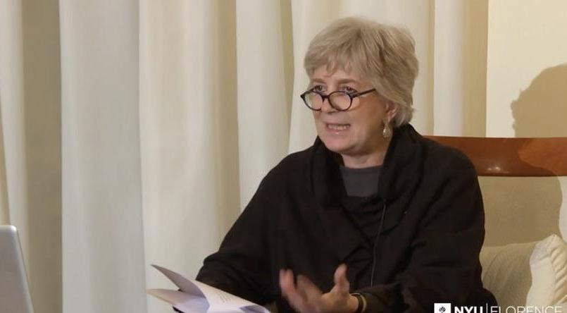 Derrière le pseudonyme de l'auteur de best-seller se dissimulerait en réalité la traductrice romaine Anita Raja.