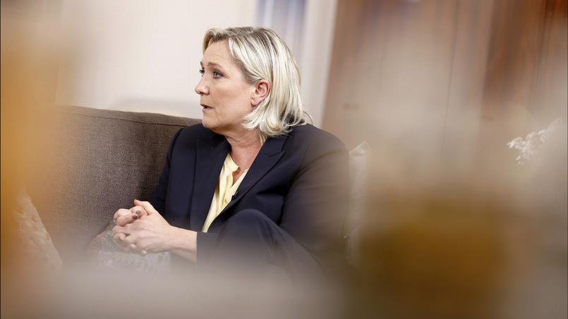 Marine Le Pen dans  Ambition intime.