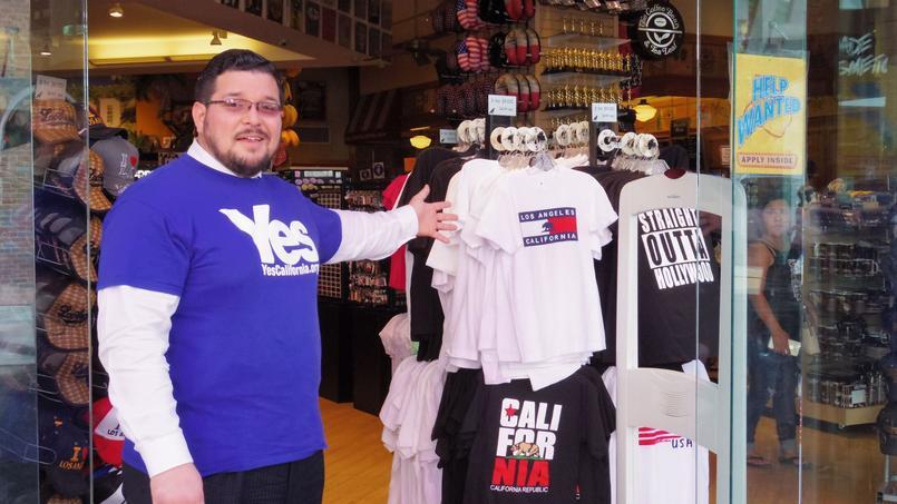 Marcus Ruiz Evans milite pour l'indépendance de la Californie.