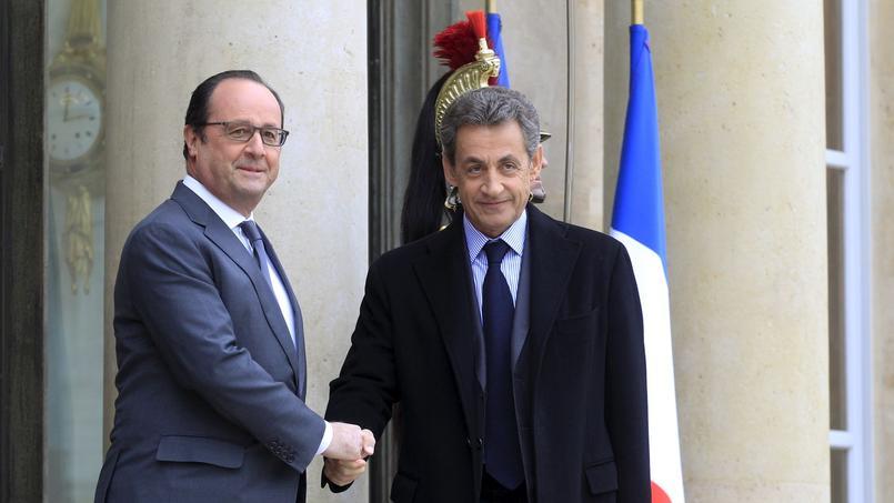 François Hollande critique vivement Nicolas Sarkozy dans le dernier livre de Gérard Davet et Fabrice Lhomme.