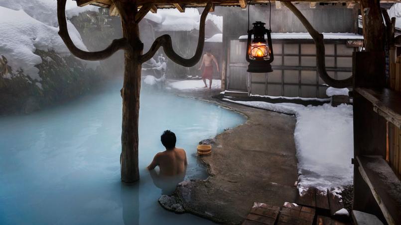 L'Heure du rituel, photographiée par Steve McCurry dans le onsen (source chaude) de Tsurunoyu, au Japon.