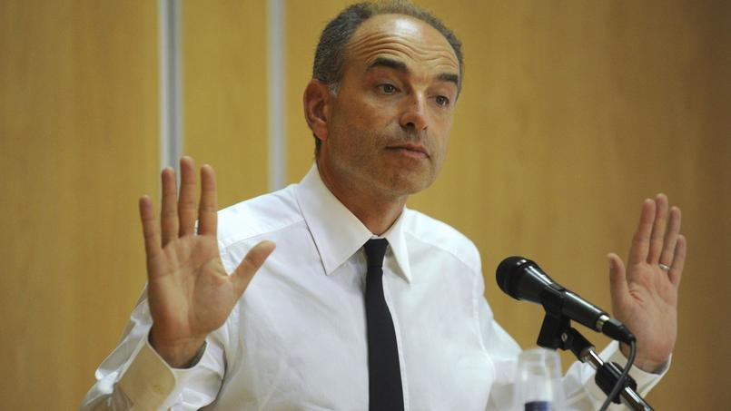 Bayrou : Sarkozy n'a pas à