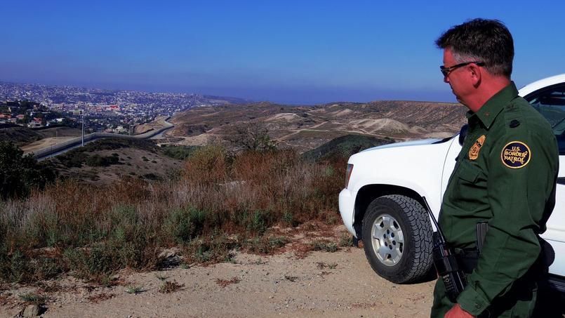 Un agent de la Border Patrol.
