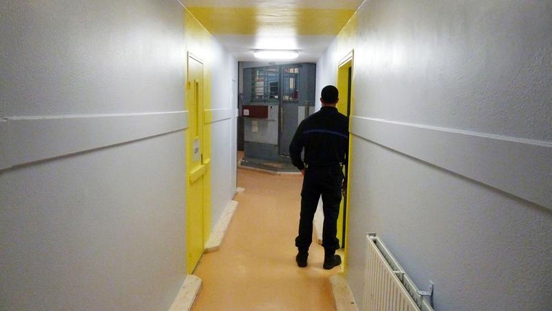 Les couloirs de la prison de Villepinte (Seine-Saint-Denis) ont été repeints dans le cadre du projet «Respecto»