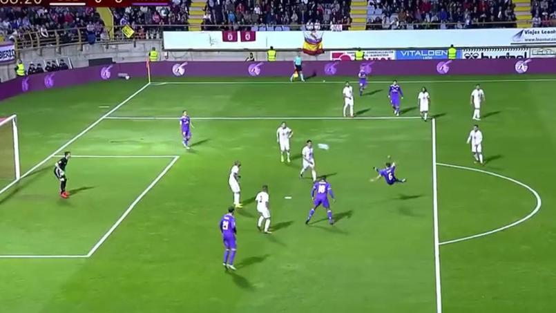 L'exceptionnelle reprise de volée de Nacho qui a ébloui Zidane