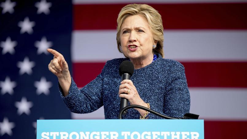 Hillary Clinton prononce un discours dans l'Iowa, le 28 octobre 2016.
