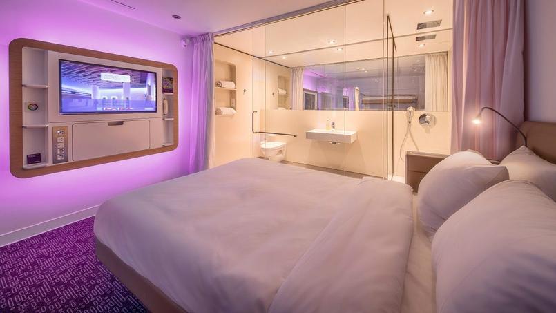 Roissy un h tel de 80 cabines sans fen tres ouvre dans for Chambre hotel sans fenetre