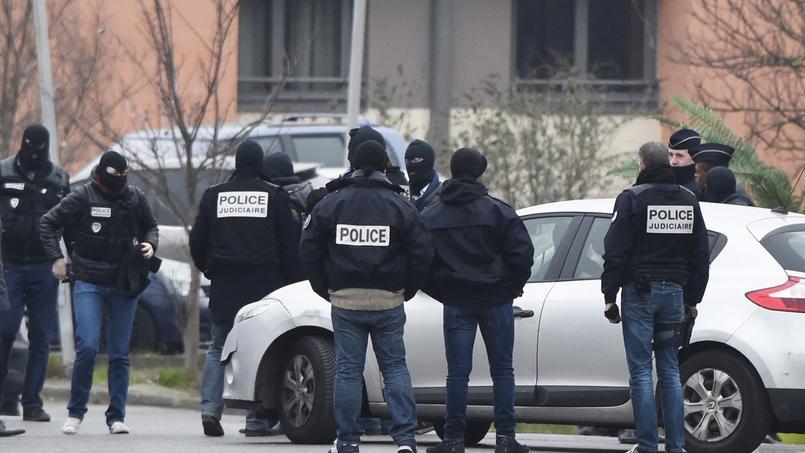 Quatre complices présumés de Sid Ahmed Ghlam interpellés