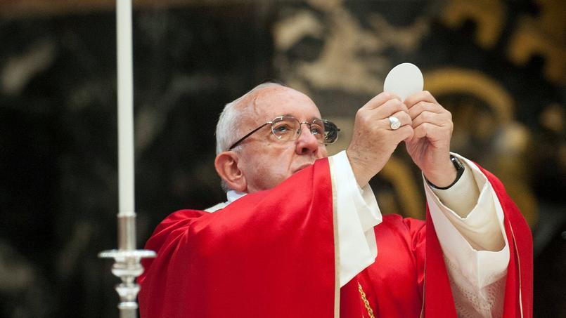 Le pape pérennise la possibilité des prêtres d'absoudre l'avortement