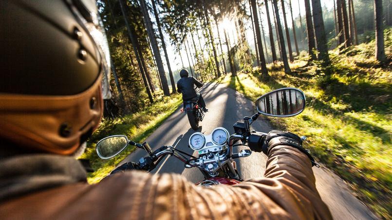 Le port de gants devient obligatoire à moto dès dimanche