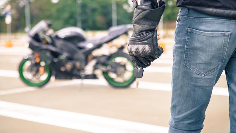 Assurance moto : faites le tri entre les options indispensables... et les autres