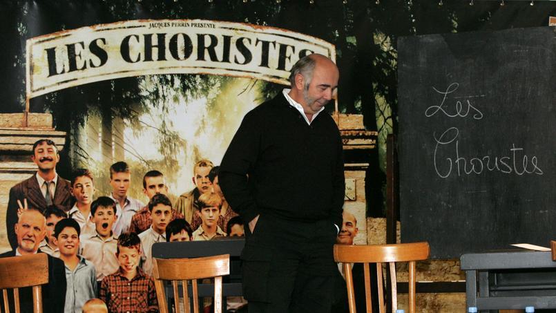 Nouveau casting pour l'adaptation du film: Gérard Jugnot est remplacé par Jean-Louis Barcelona.